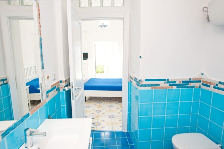 Stanza con bagno terrazzo e cucina esterna - Le Forna - Lain-lain