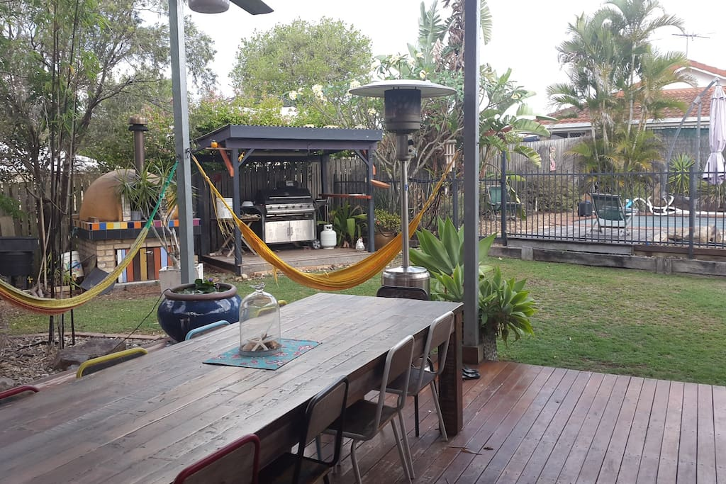 Out door deck. Swimming pool. BBQ and wood fired pizza oven. Hammocks for relaxing.