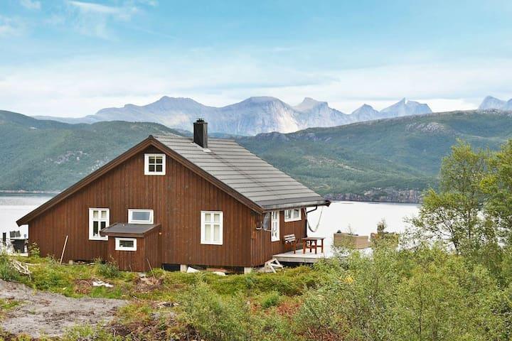 4 stelle case ad Sandhornøy