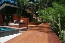 herb garden pool bar