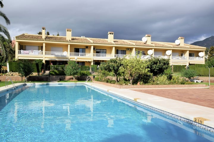 Semi detached holiday house on approx. 2km from the coast
