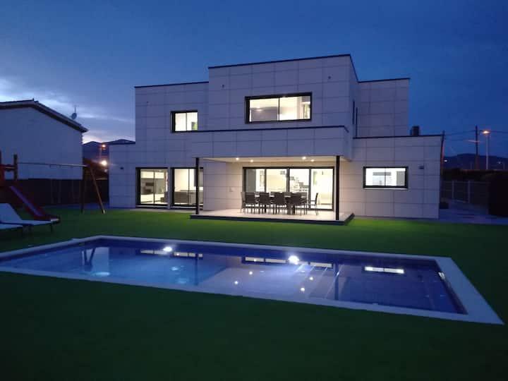 ★ CoastalVillas - Villa Malibu ★ brand new villa!