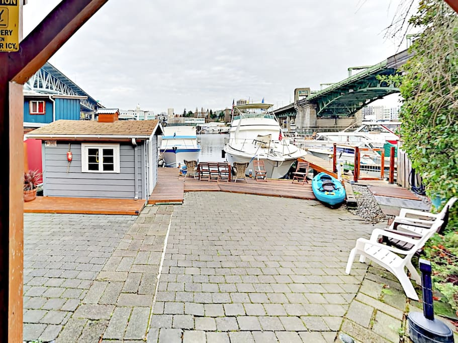 Your home is located on 45 feet of Lake Union/ Portage Bay waterfront.