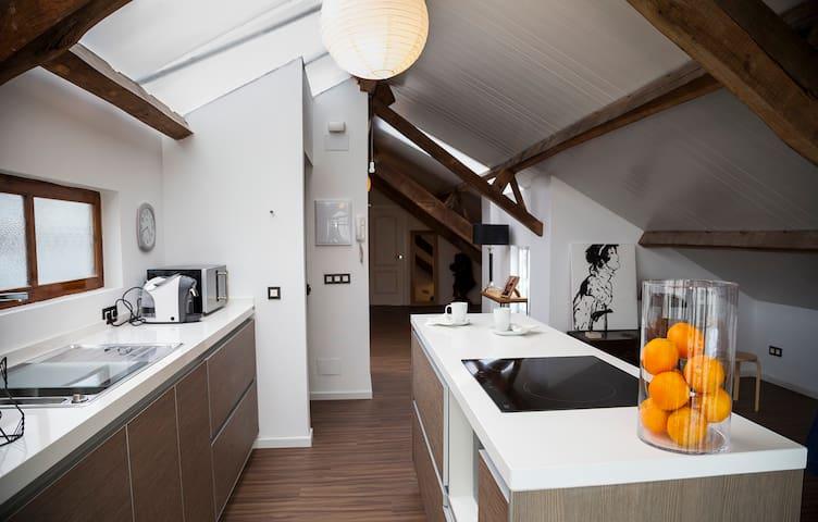 Loft con terraza y garaje (centro) - Pontevedra - Loft