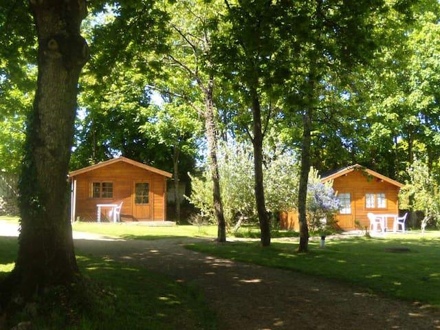 chalet /chambre sur le parc d une propriété - Belz - Bed & Breakfast