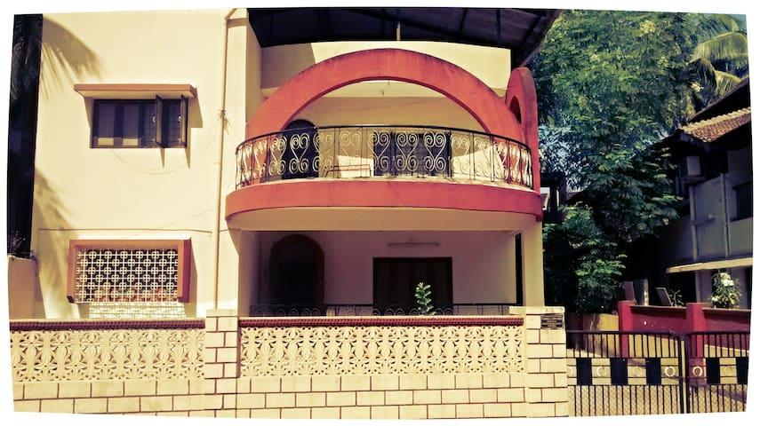 Charming  Bungalow in North Goa. - Penha de França - Casa