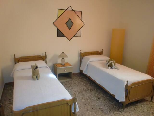 B&B FABIO PRINCIPALE INTERO - Taranto - Bed & Breakfast