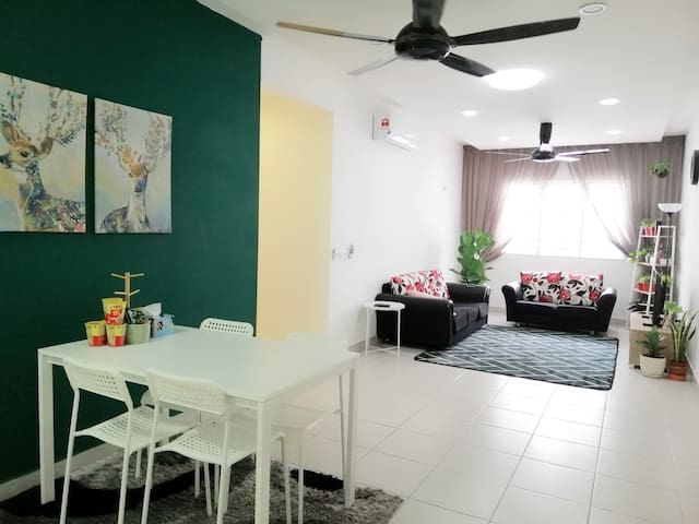 Harmony apartment Eco Majestic with Pool access