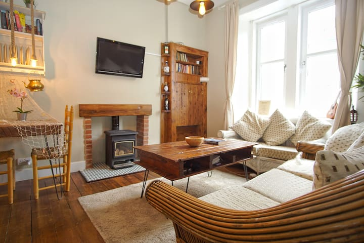 OFFER! Amazing Flat in City Centre & Parking..