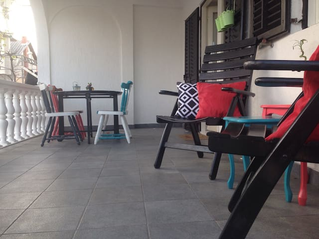 Cozy apartment for 4 persons - Vodice - Huis