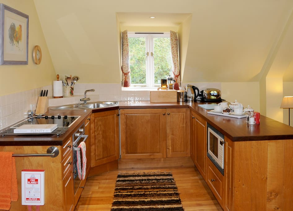 Fully kitchen equipped for most of your cooking needs !!