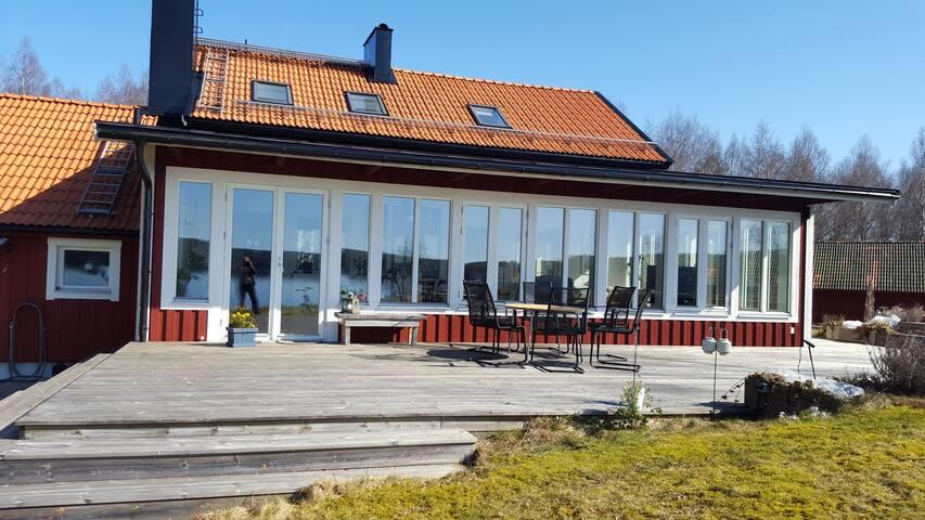 Hus med vedeldadbastu vid stranden - Nora SV - Casa