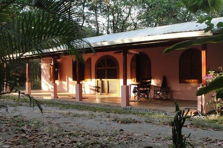 Tropical Costa Rica Beach House - Zancudo
