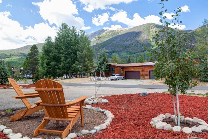 ⛰️Frisco Mtn View Flat☀️Heated Garage🏡Stand alone
