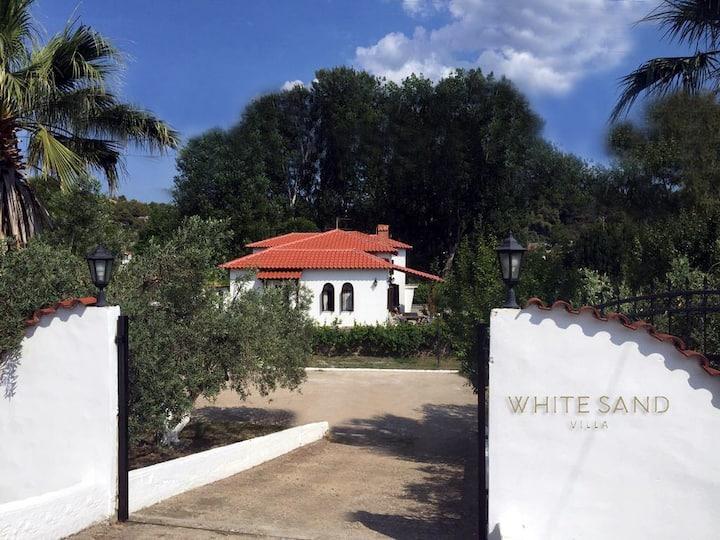 #Luxlikehome White Sand Villa Koviou beach