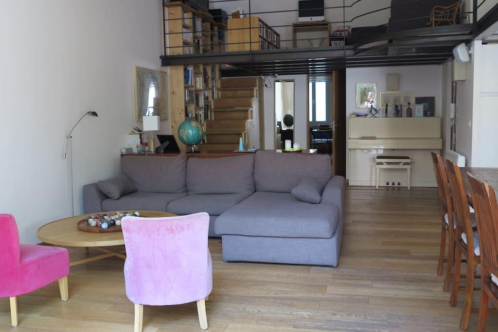 Appartement type loft avec jardin appartements louer for Appartement type loft