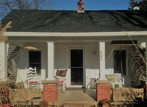 Ms. Ada's house in Arrowrock on Main
