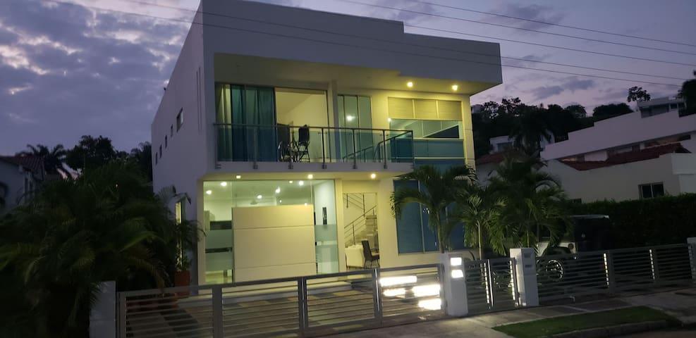 Casa de verano en condominio Hacienda la Estancia