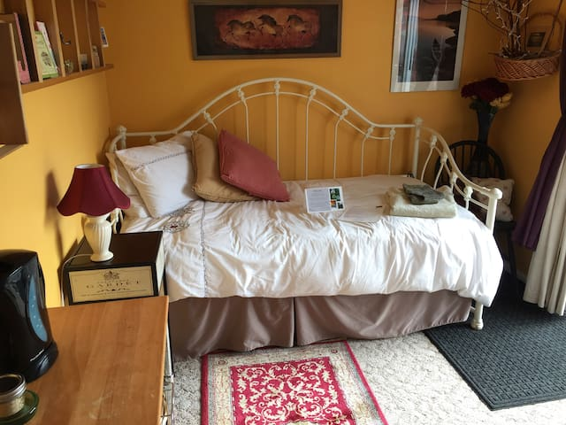 another view of bed