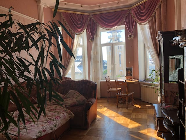 Cool appartement in center of Kiev.