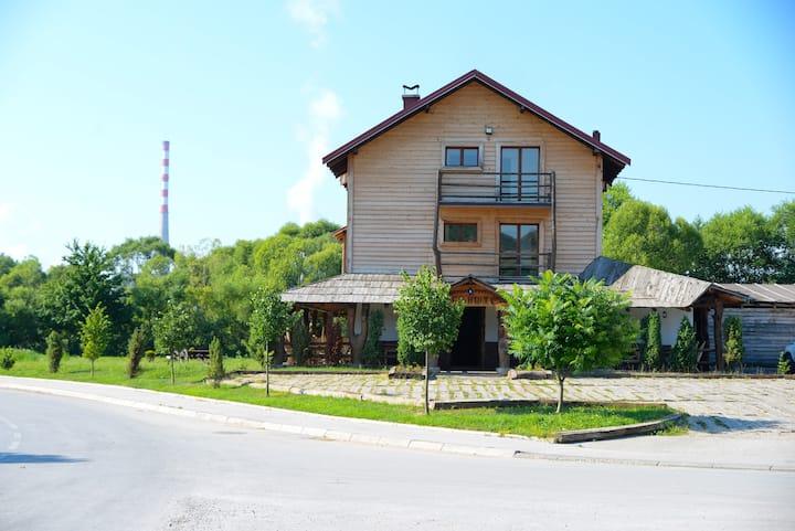 Nacionalni Restoran Ognjiste
