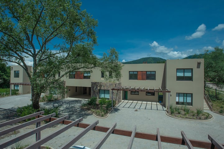 Moderno Departamento para 4 en San Lorenzo