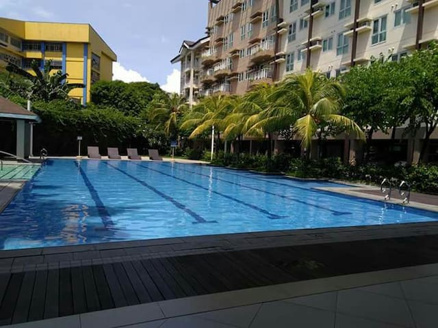 Rochester Condo unit for rent Pasig City