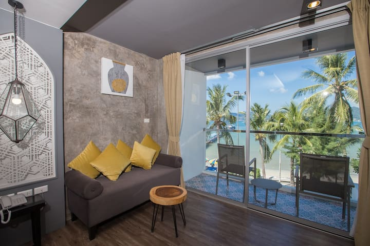 ► D Superior King or Twin Room with sea view