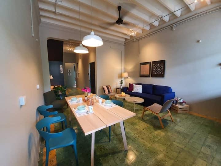 Room4U (Triple Room) @ Burmah Rd, Georgetown