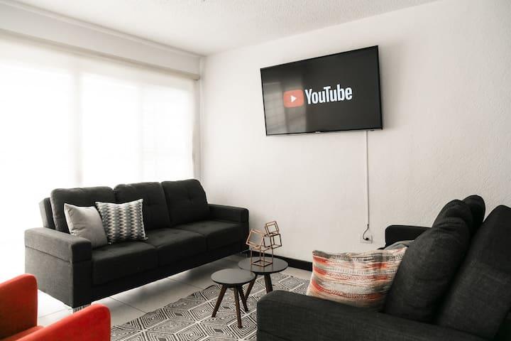 Enorme casa ideal para familias y amigos 20+