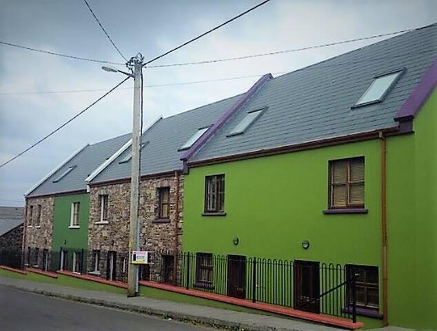 House 3, Cloghane sea & mountain views