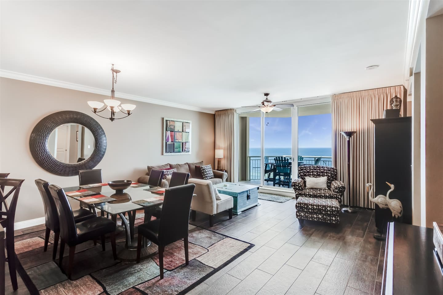 Updated Spacious Condo on the Gulf