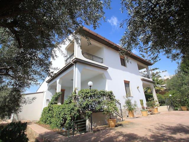 Apt. Alefranc A - Private Garden - Avola - Appartement