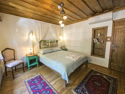 Gelin Odasi - Yeni Gelin Evi Birgi
