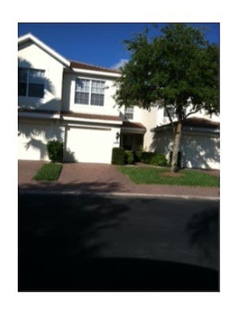 Naples FL-Condo in gated community - Naples - Villa