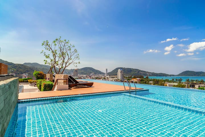 Spacious Seaview Apartment @Patong - 500m