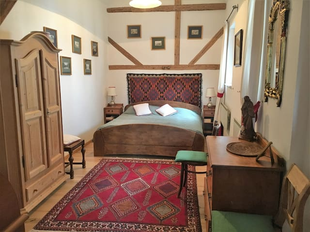 Reizendes kleines Appartement in Golfplatznähe - Litzelsdorf - Apartamento
