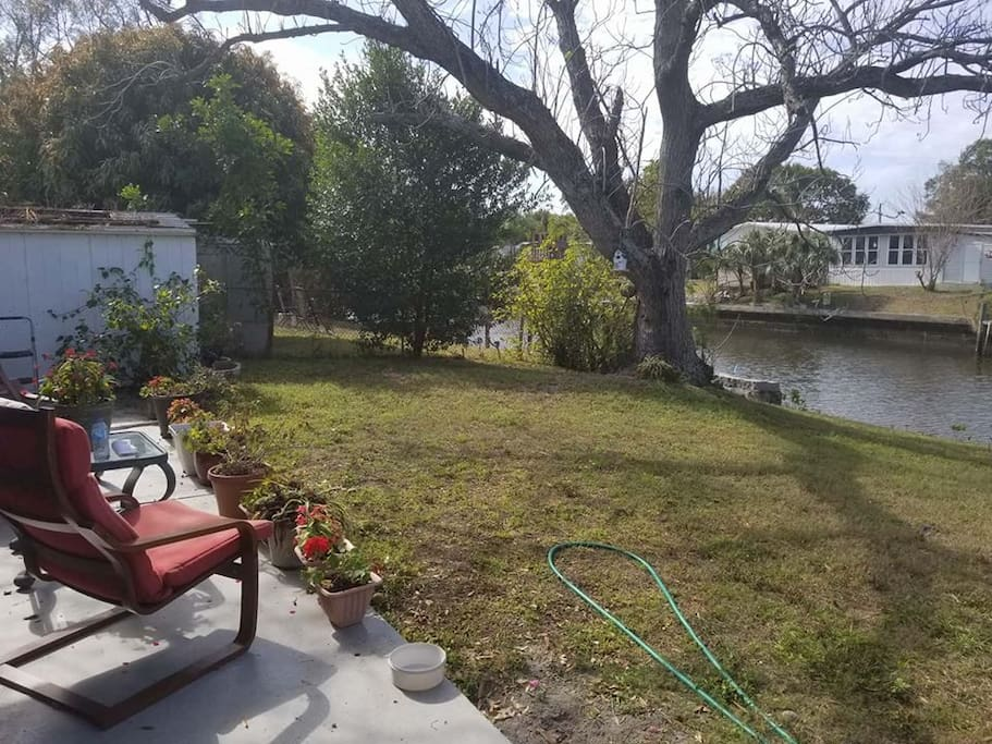 2 Bedroom House On The Canal Houses For Rent In Tampa