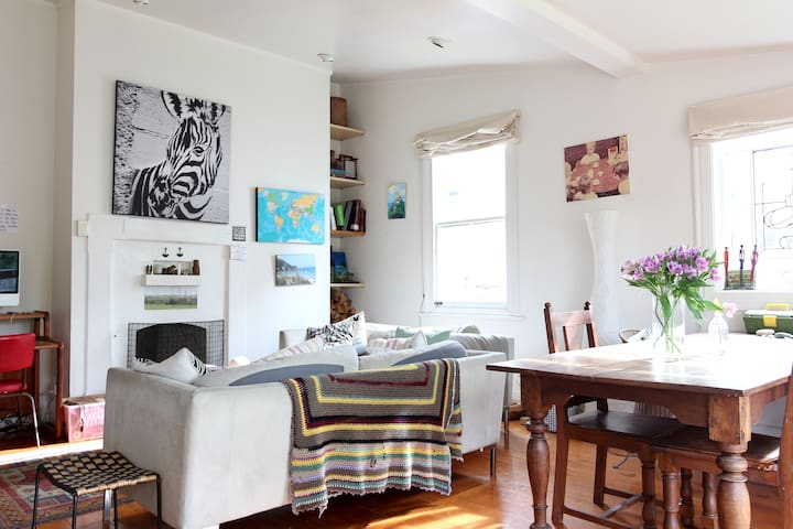 Share my Lovely Home in Ponsonby1