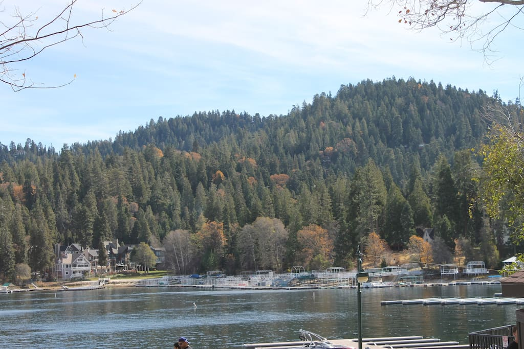 Lake Arrowhead  - A short walk to take in the beautiful view!