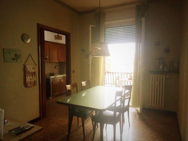 Intero appartamento, attrezzato per bambini.