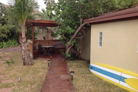 CASITA W/POOl, HOT TUB,& SPACE - South Padre Island - Appartement
