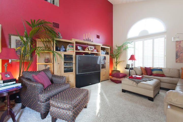 2 rooms, self check-in, homeshare, near Red Rock