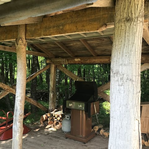 Outdoor grilling pavilion for your use!
