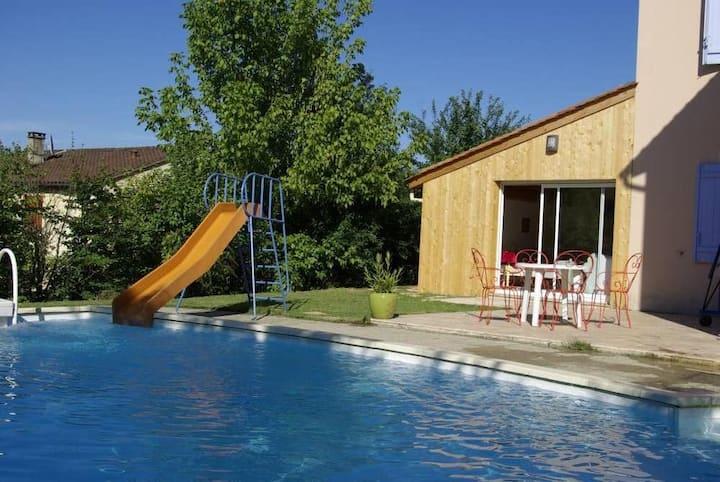 Maison avec piscine proche du centre historique