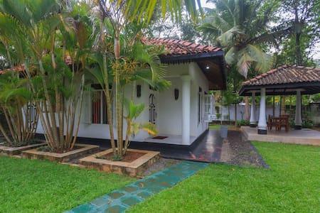 Dolitha's Villa