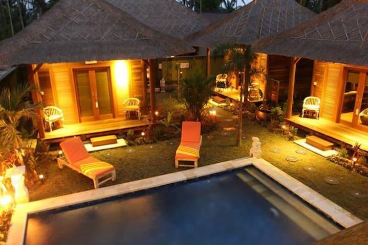 Tropica Tranquility Villas - Lembongan - ที่พักพร้อมอาหารเช้า