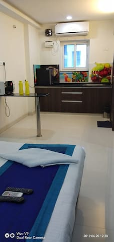 1 bhk Studio Executive flat in kondapur
