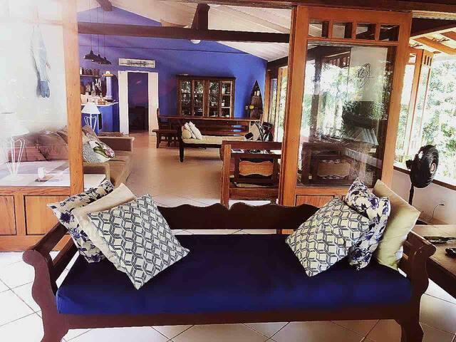 Casa FANTÁSTICA 5 suites 400m da praia de Juquehy!