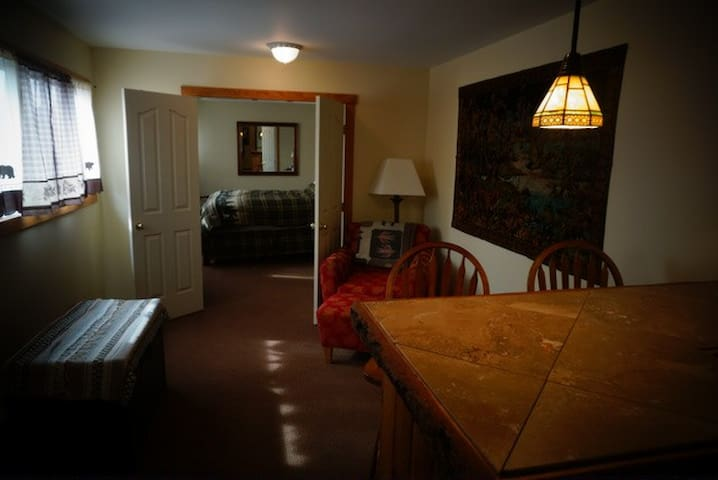 7 Point Ranch, The Yellowstone Suite